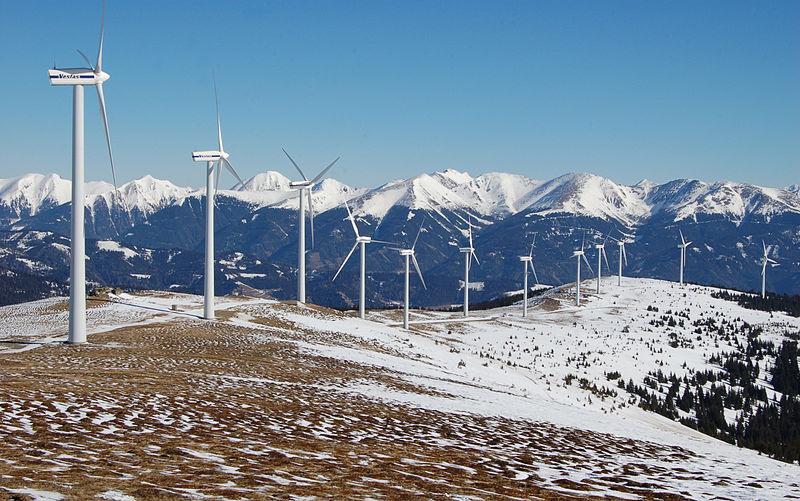 Vestas V66-1,75 МВт ветровых турбин парка Tauern ветра вблизи Oberzeiring